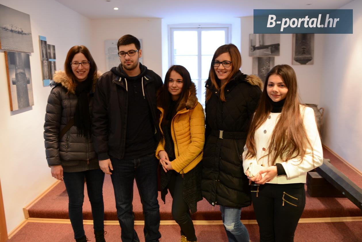 savjet-mladih-srednjoškolci-posjet-muzeju-1