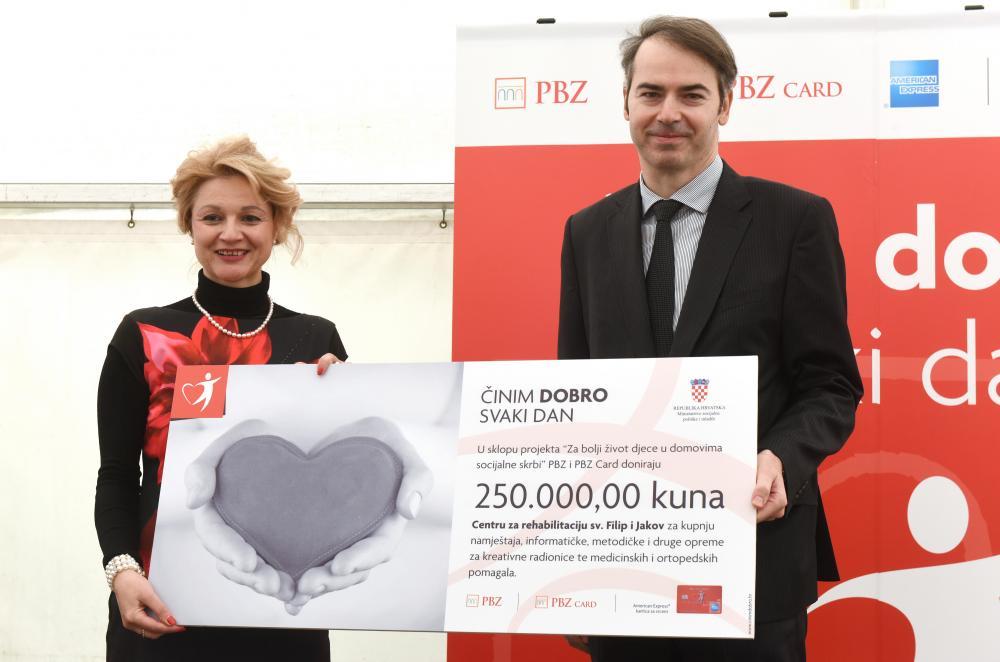 pbz-donacija-centru-za-rehabilitaciju-sv-filip-i-jakov-2